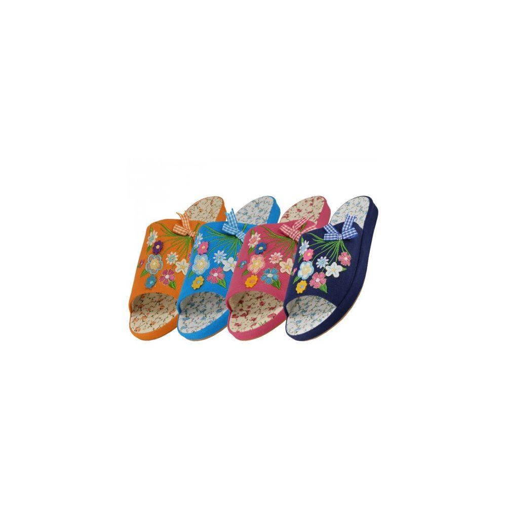 Wholesale Footwear Women's Open Toes Multi Flower Slipper