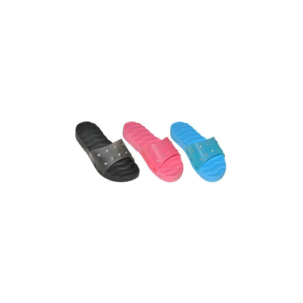 Wholesale Footwear Womans Slip On Slipper With Studs