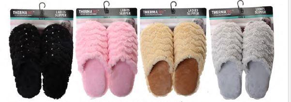 Wholesale Footwear Women's Plush House Slipper On Card