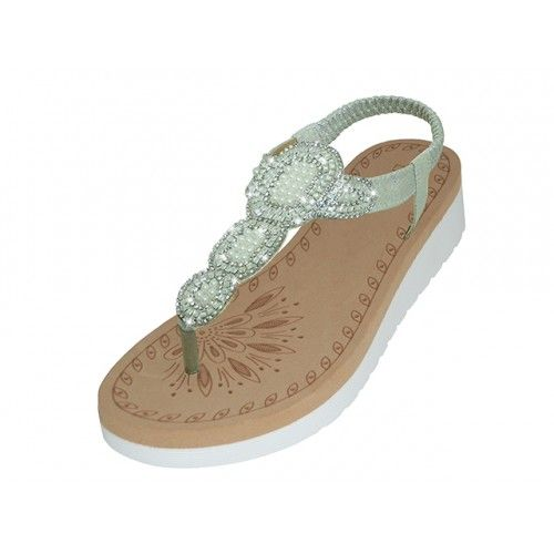 Wholesale Footwear Women's Super Soft Rhinestone Upper Sandals(*silver Color )