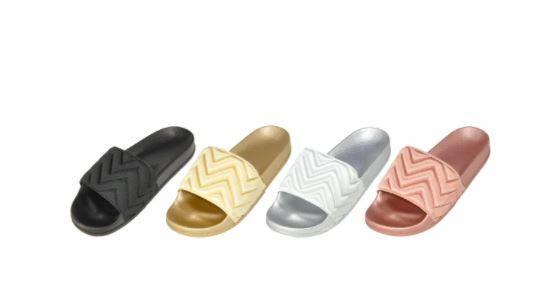 Wholesale Footwear Women's Slip On Slipper