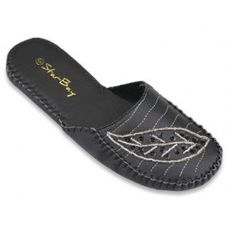 Wholesale Footwear Ladies' Moccasin Slipper