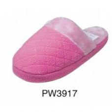 Wholesale Footwear Ladies Plush Slipper