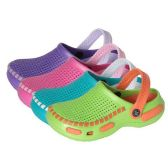 Wholesale Footwear Girls Clogs For The Summer