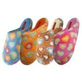 Wholesale Footwear Women's Bear Fun Heart Print Upper Bedroom Slipper
