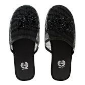 Wholesale Footwear Women's Chinese Mesh Slippers Black
